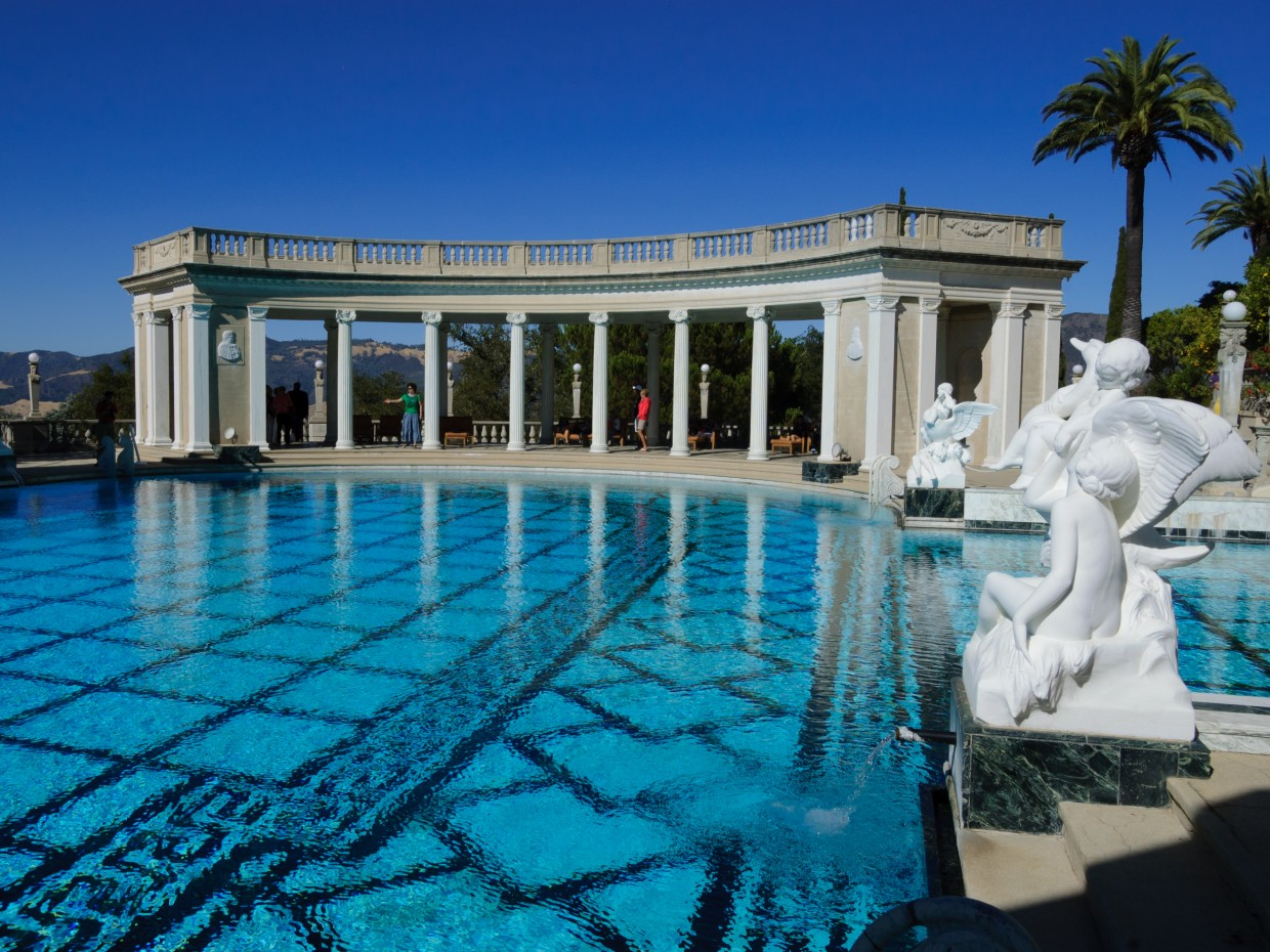 Hearst_Castle_Neptune_Pool_September_2012_001-1240x930