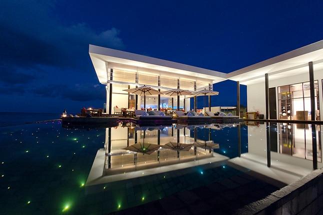 Jumeirah dhevanafushi hotlist cnt 26apr12 pr b