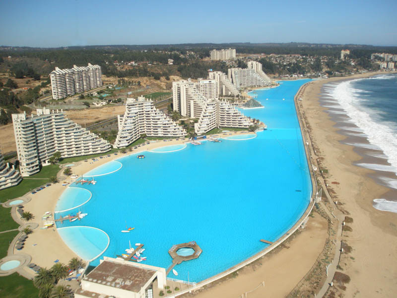 Worlds largest swimming pool 111
