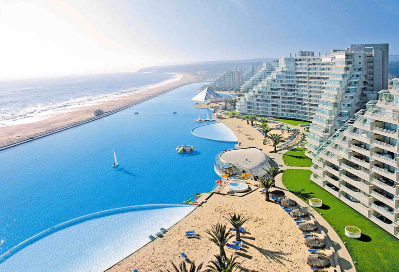 Worlds largest swimming pool 8