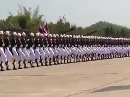 Parade in thai