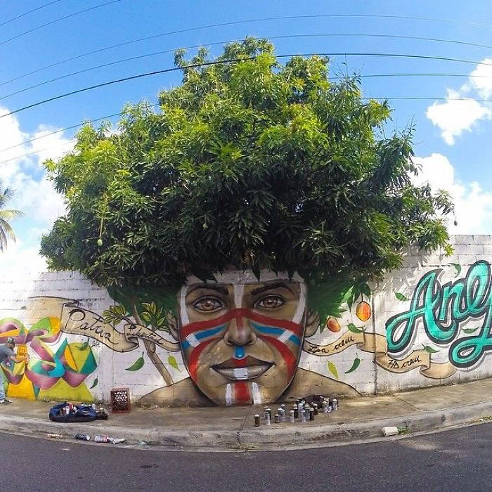 Street art interacts with nature 18