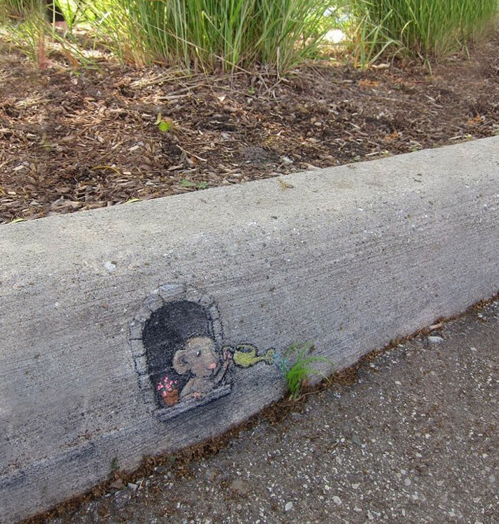 Street art interacts with nature 19