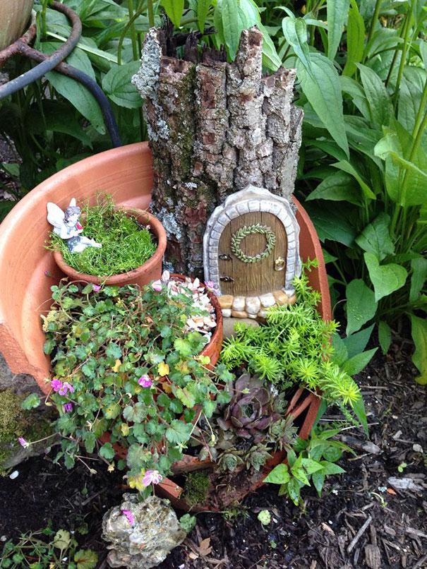 Ces pots cass s deviennent d 39 extraordinaires jardins - Decorare vasi terracotta ...