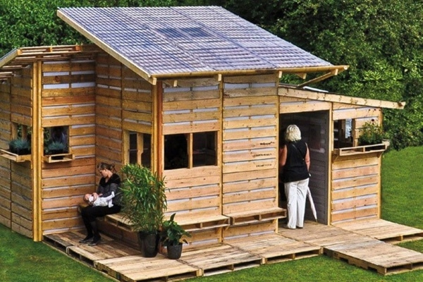 Pallet house1