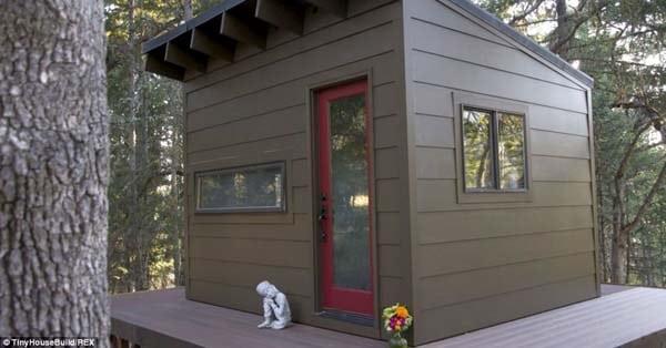 tiny-house-cabin17