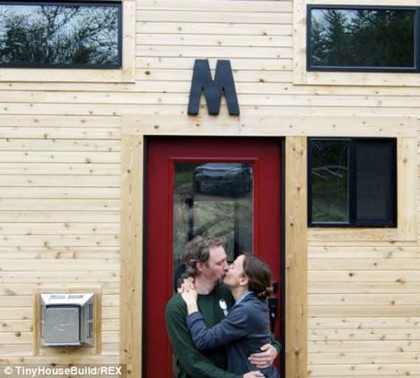 tiny-house-cabin3