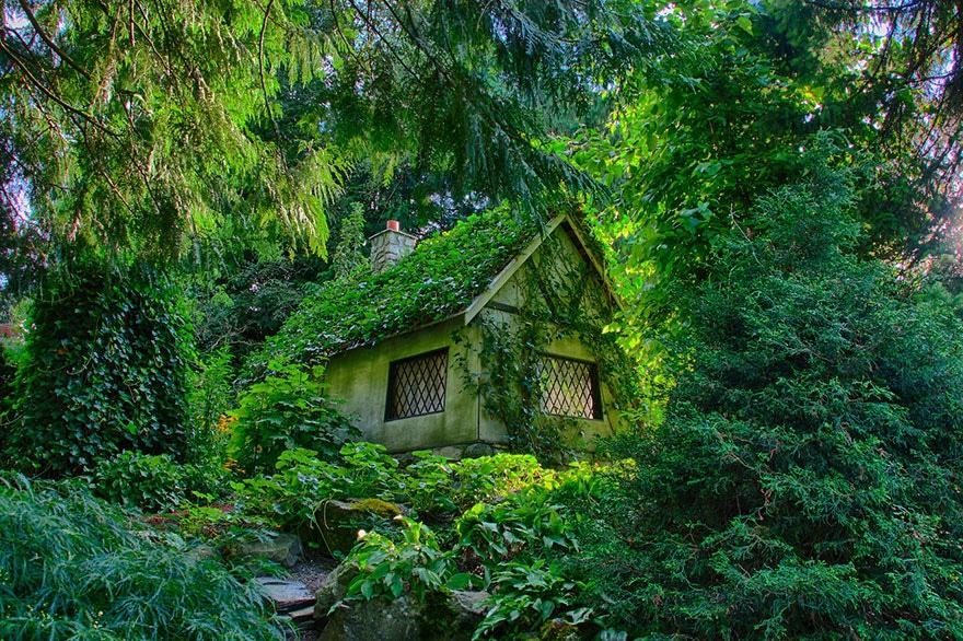 25 Petites Maisons Isolées, Pour Les âmes Solitaires... Un