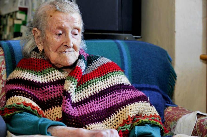 Femme centenaire 6