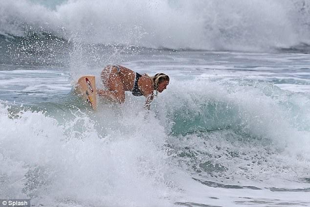 surfeuse enceinte 4