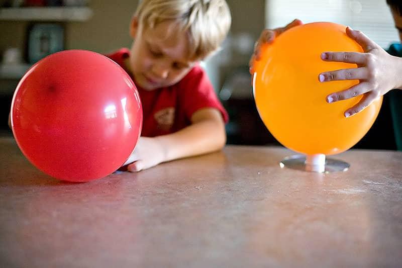 Comment gonfler un ballon sans h lium - Comment degonfler un ballon ...