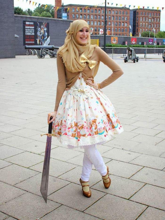 Inspirée Par Le Japon, La Mode Des Lolitas Musulmanes Fait