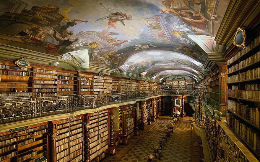 La bibliothèque Klementinum 5