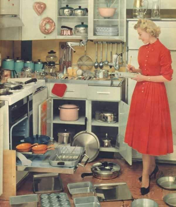 A Guide To Identifying Your Home Décor Style: Ce 'Guide De La Bonne Épouse' De 1955 Explique Comment Les