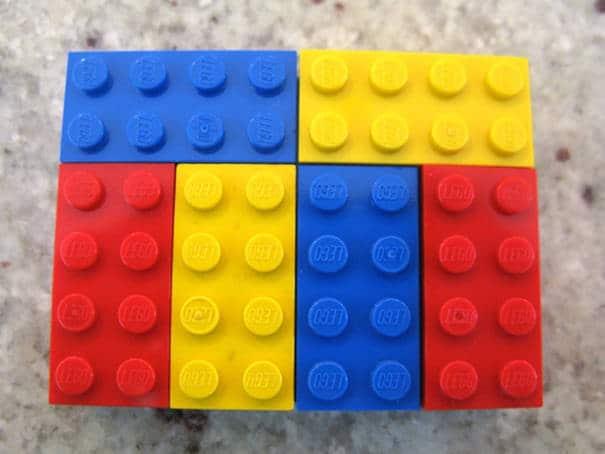 120915-Teacher-Uses-LEGO-To-Teach-Math-Schoolchildren-6