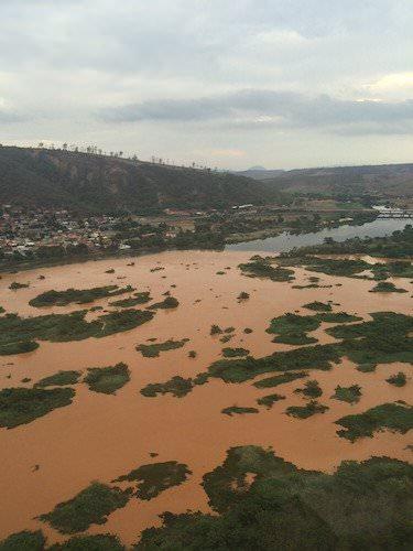 120915-la-pire-catastrophe-humanitaire-et-environnementale-5