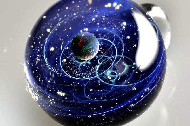 123115-universe-glass-pendants-5