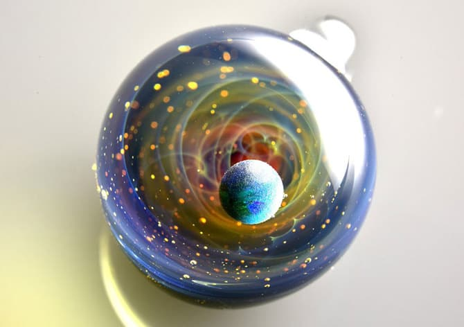 123115-universe-glass-pendants-7