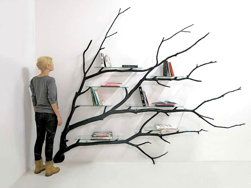 011316-Artist-Turns-Tree Branch-Into-Shelf-1