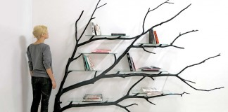 011316 artist turns tree branch into shelf featured