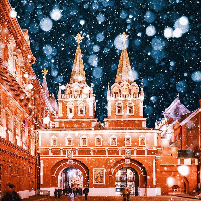 011916-Moscow-City-Looked-Like-Fairytale-Orthodox-Christmas-14