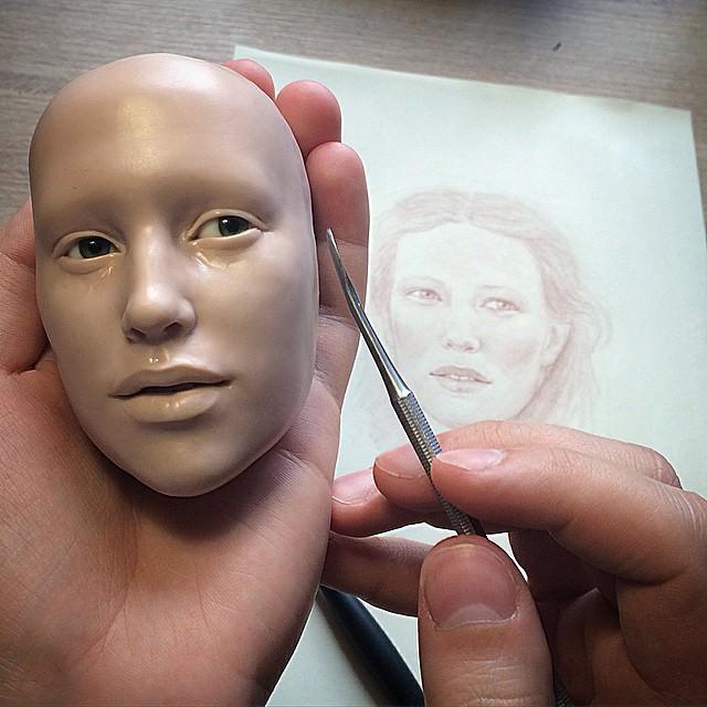012216-Russian-Artist-Creates-Realistic-Doll-Faces-6