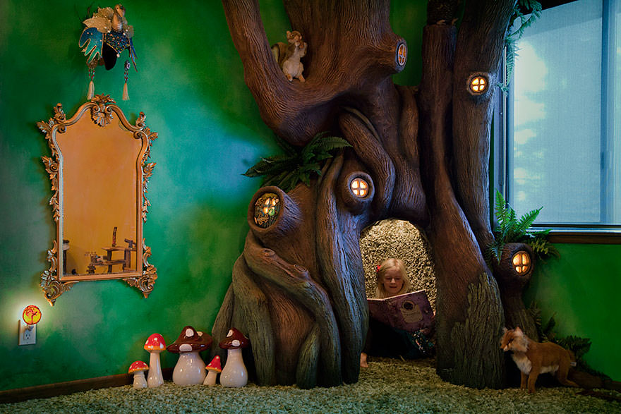 012516-Dad-Transformed-Daughter-Bedroom-Fairytale-Treehouse-9