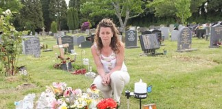 013916 town removed her son tombstone featured