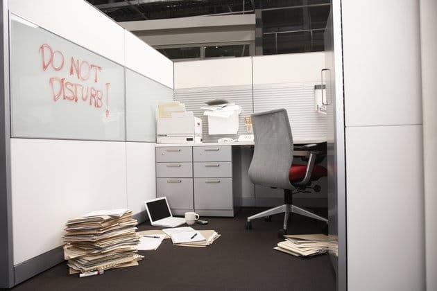 Un homme s 39 est absent de son travail pendant 6 ans personne ne l 39 a remarqu jusqu 39 ce qu 39 il - Je suis absente du bureau ...