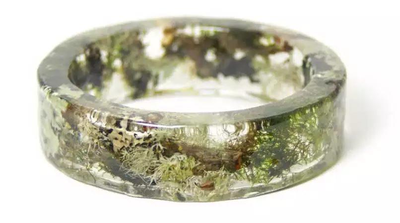 Ces_bracelets_superbes_complexes_et-02