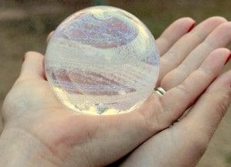 Des sculptures en verre réconfortantes f