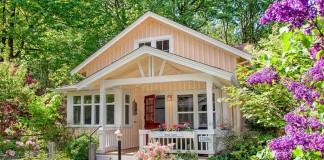 Un petit cottage semble magnifique f