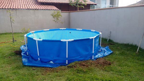 Il_voulait_une_piscine_dans-01