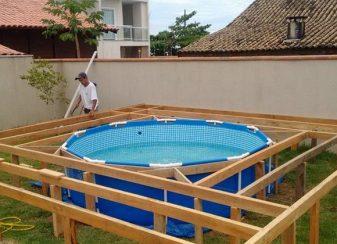 Il voulait une piscine dans f