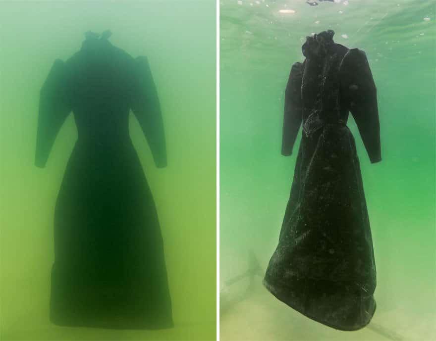 Un artiste laisse une robe 01