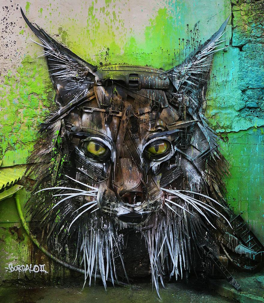 un_artiste_transforme_des_dechets-16s