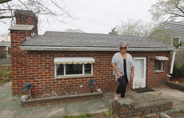 Brick Midget House of Brick, NJ