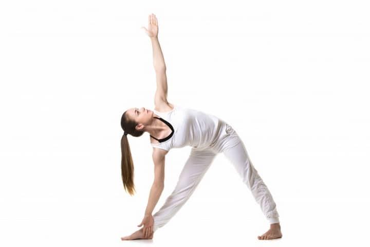 7 postures de yoga tres 02s