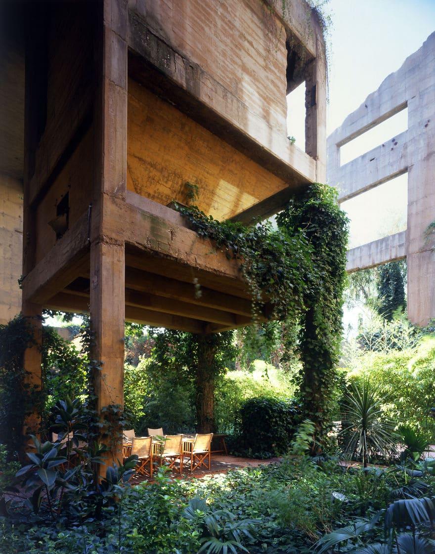 Un architecte transforme une cimenterie 04