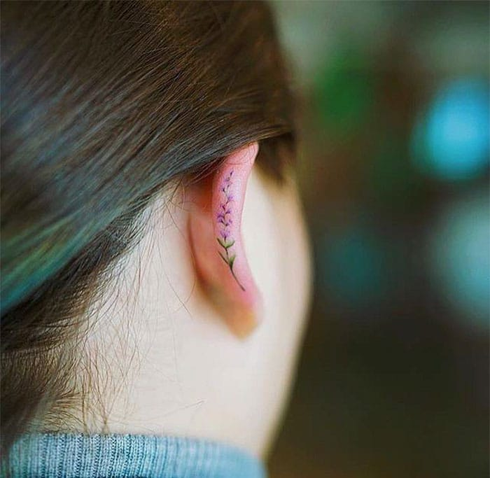 Le tatouage sur lhelix est 01s