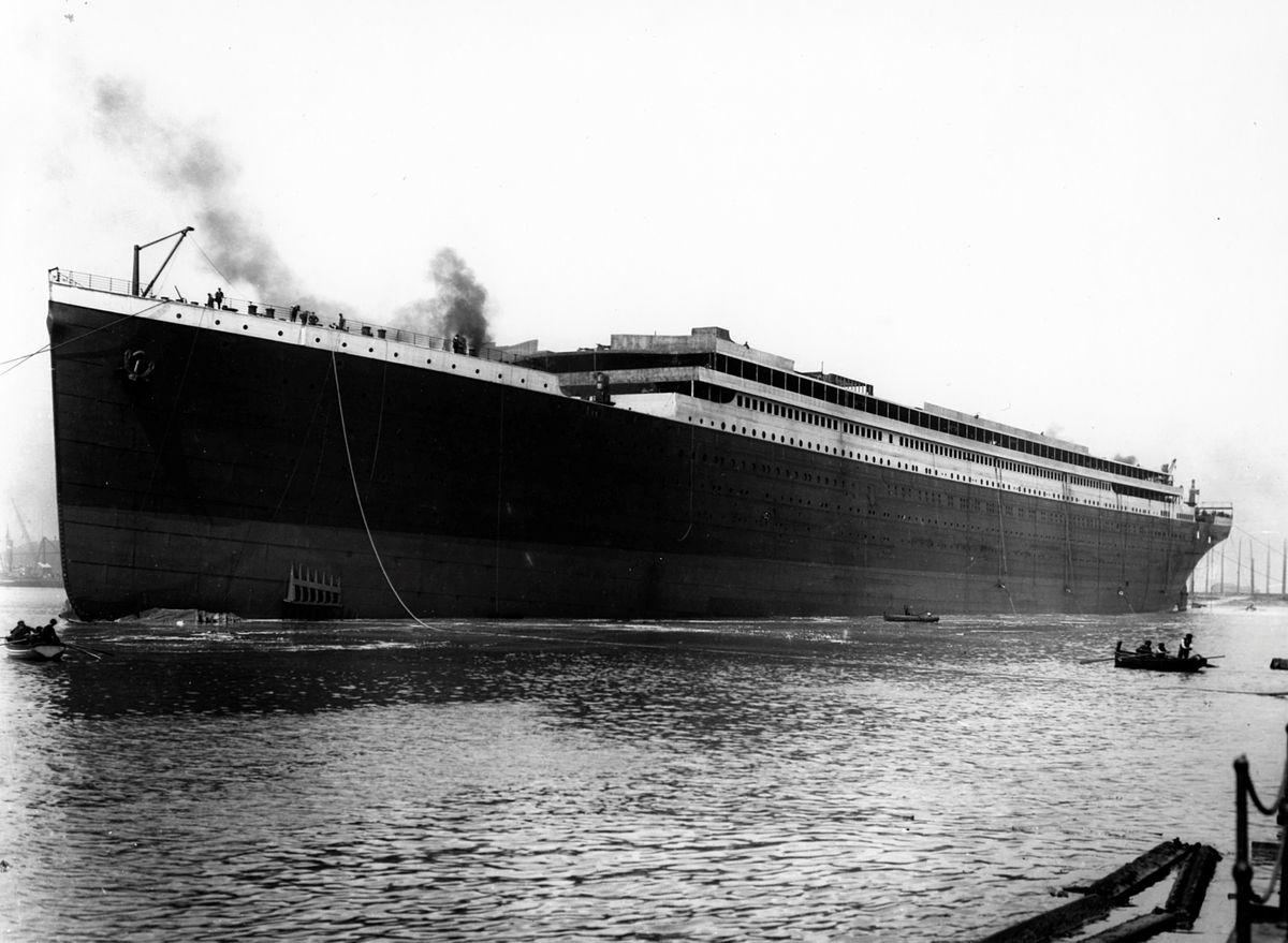 Montage Titanic Trumpeter 1/200 - Page 11 10-images-r%C3%A9elles-du-Titanic-02