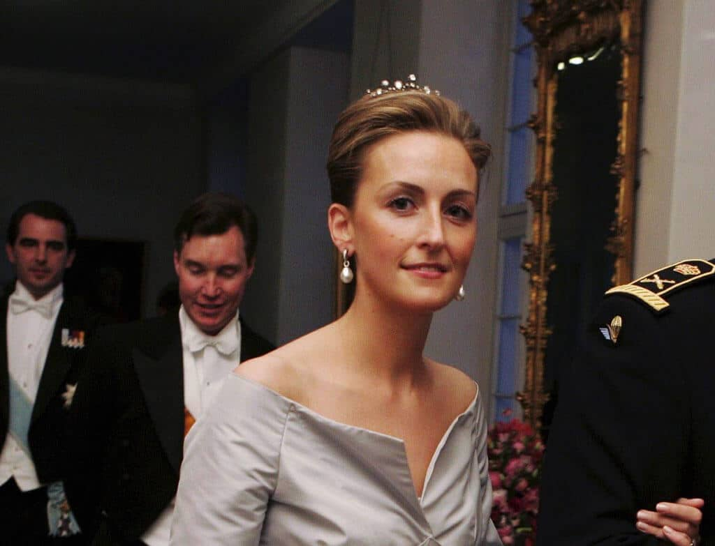 Les plus belles femmes royales 04