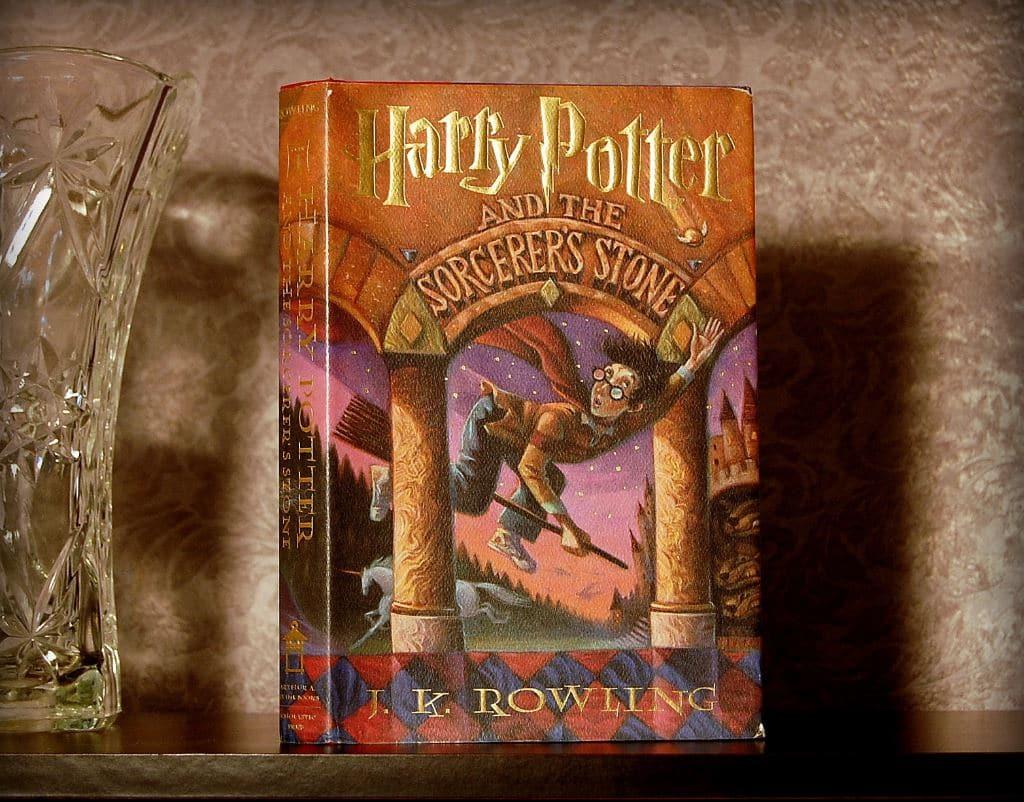 Harry potter sorcerer stone v3