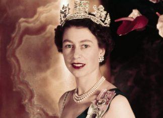 La reine elizabeth ii au f