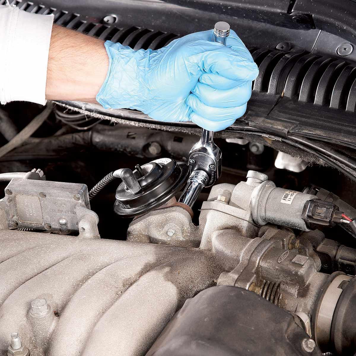 54 reparations automobiles simples pour 04